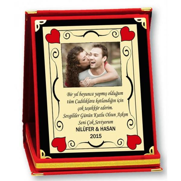 Sevgililer Günü Hediyesi Kişiye Özel Kalıcı Kadife Plaket-600x600